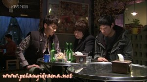 Sinopsis Mary Is Out At Night Episode 12